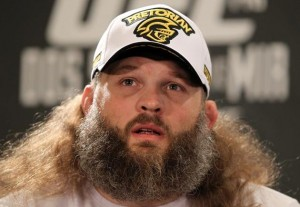 Roy Nelson diskvalifikuotas (video)