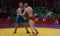 Anykščiuose imtynių veteranai kovojo dėl šalies čempionato medalių