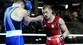 Profesionalioje bokso lygoje įspūdingą pergalę išplėšė E. Stanionis, nepasisekė E. Petrauskui