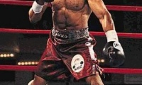Dar viena Roy Jones Jr pergalė nokautu (video)